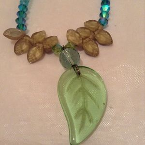 Jewelry - Necklace Ocean Colors Blue Green Lucite Like